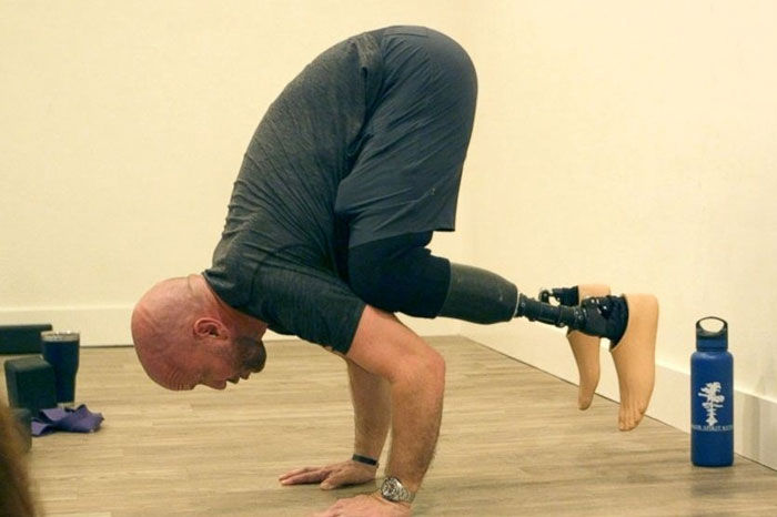 تمرینات یوگا با پنجه های کربنی چگونه است؟